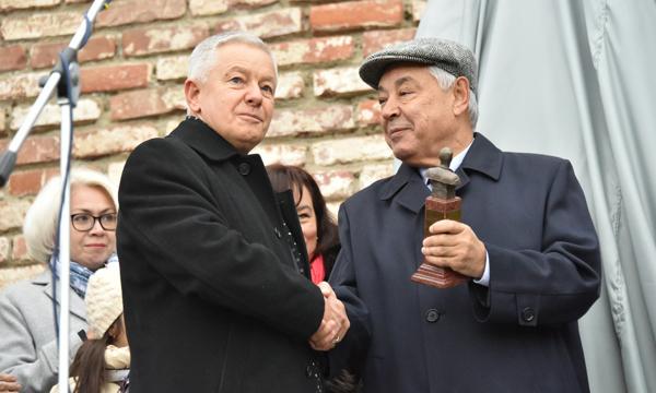 ВКазани открыли очередной монумент Джалилю