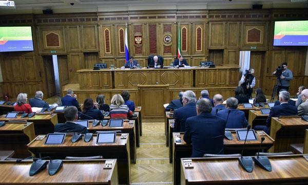 Оптимисты сверстали новый бюджет Татарстана сувеличенным доходом