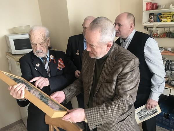Депутат Мурад Гадыльшин поздравил ветерана Великой Отечественной войны с днем рождения